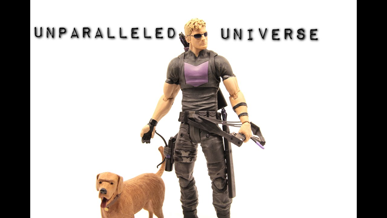 "MARVEL SELECT AVENGING HAWKEYE 7/"" ACTION FIGURE Disney Store EDITION"