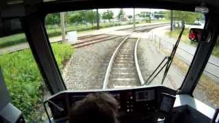 Durch das größte Straßenbahnkreuz Deutschlands - Im Führerstand der Straßenbahnlinie 3 der RSAG.