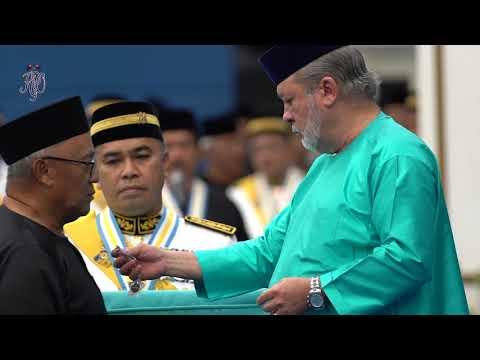 Istiadat Penyampaian Darjah dan Pingat-Pingat di Dewan Jubli Intan Sultan Ibrahim, Muar