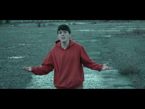 16 YEAR OLD RAPS ABOUT TRUMP!! (Official Music Video)