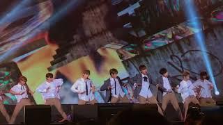 Video 171006 워너원 Wanna One 1st Fan Meeting in Taiwan - 활활 (Burn It Up) download MP3, 3GP, MP4, WEBM, AVI, FLV Oktober 2017