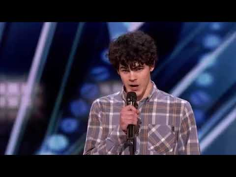 America's Got Talent: Guy Never Kiss A Girl Sings