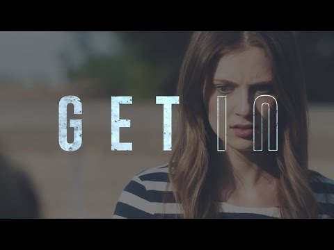 Zoe Levin GET IN  GET OUT Legendado