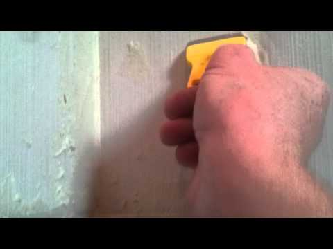 Removing epoxy based grout from tile