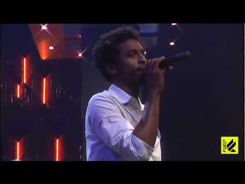 "Shwayze and Cisco Adler - Islands in the Sun ""live"""