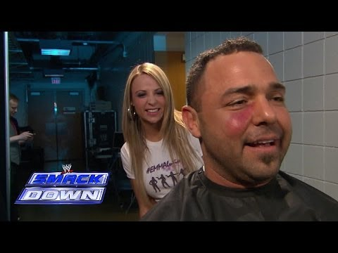 Emma sneaks up on a flustered Santino: SmackDown, March 21, 2014