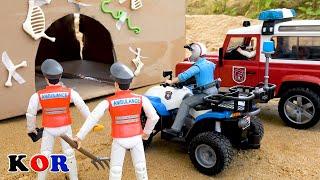 동굴에서 소방차 경찰 구조 장난감 자동차