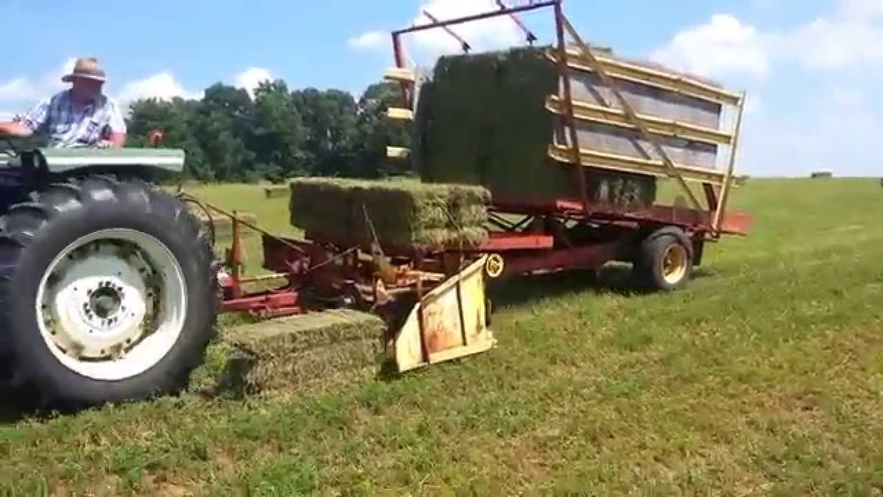 New Holland Bale Wagon