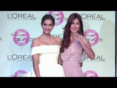 LESBIAN KISS - Bollywood Actresses shoking KIss thumbnail