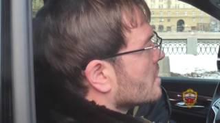 Алексей Красильников и покупатель федеральной должности попали в кадр