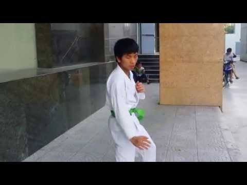Bài quyền bình an số 1 Karatedo - Presented by Vũ Văn Chung