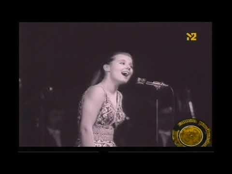 Людмила Сенчина - песня золушки (Голубой огонек)