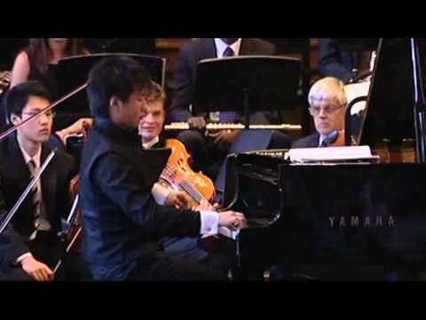 Beethoven Piano Concerto No.3 @ Winchester College- Benedict Wong