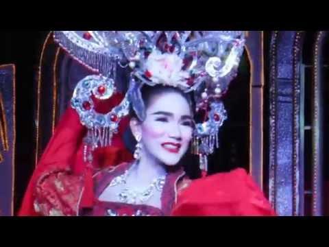 шоу трансвиститов в тайландн