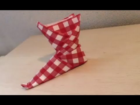 D corer une table pliage serviette bottes youtube - Pliage serviette coquillage ...