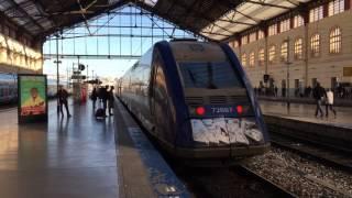 マルセイユ・サン・シャルル駅を出発するX 72500系ディーゼルカー