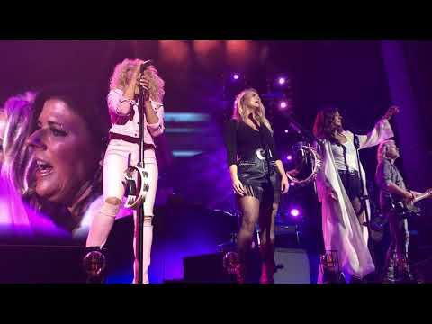 Girl Crush - Little Big Town & Miranda Lambert - Indianapolis, IN