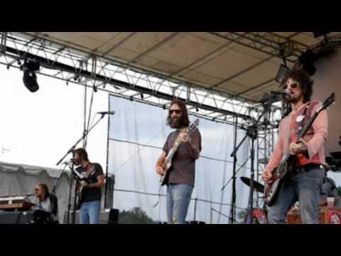 Chris Robinson Brotherhood - They Love Each Other