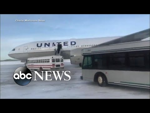 Passengers stranded on runway in sub-zero temperatures for over 16 hours