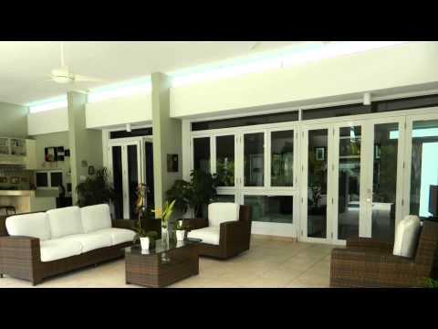 Mansiones de ciudad jardin caguas youtube for Bares en ciudad jardin