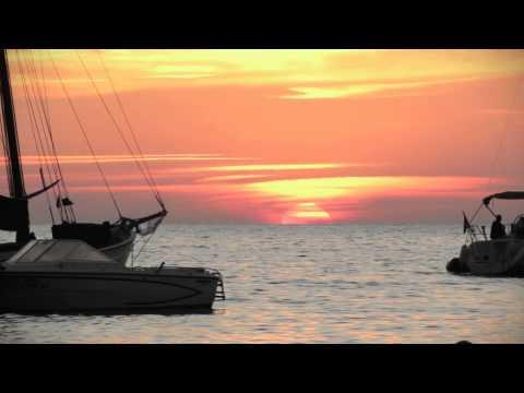 Ibiza SUNSET / Puesta de Sol en Ibiza - Cala Salada by @aabrilru
