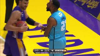Shawn Long with 25 Points vs. Sydney Kings