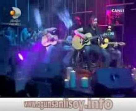 Ogün Sanlısoy - N'olur (Akustik 2012)