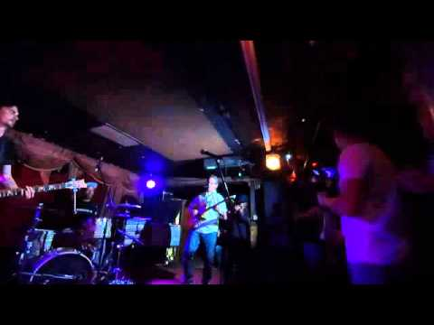 Tommy Guerrero LIVE at Townhouse Venice 5 November 2015 part 1 of 2