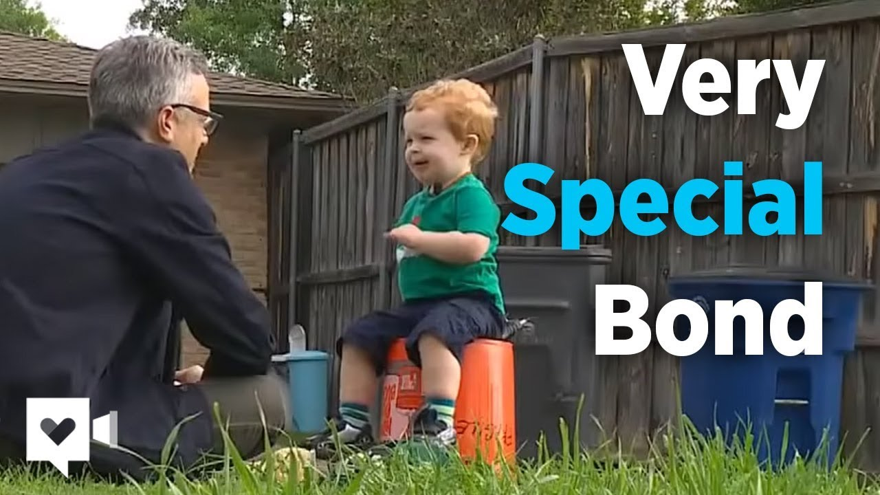 2 Year Old And Garbage Man S Special Bond Is Priceless