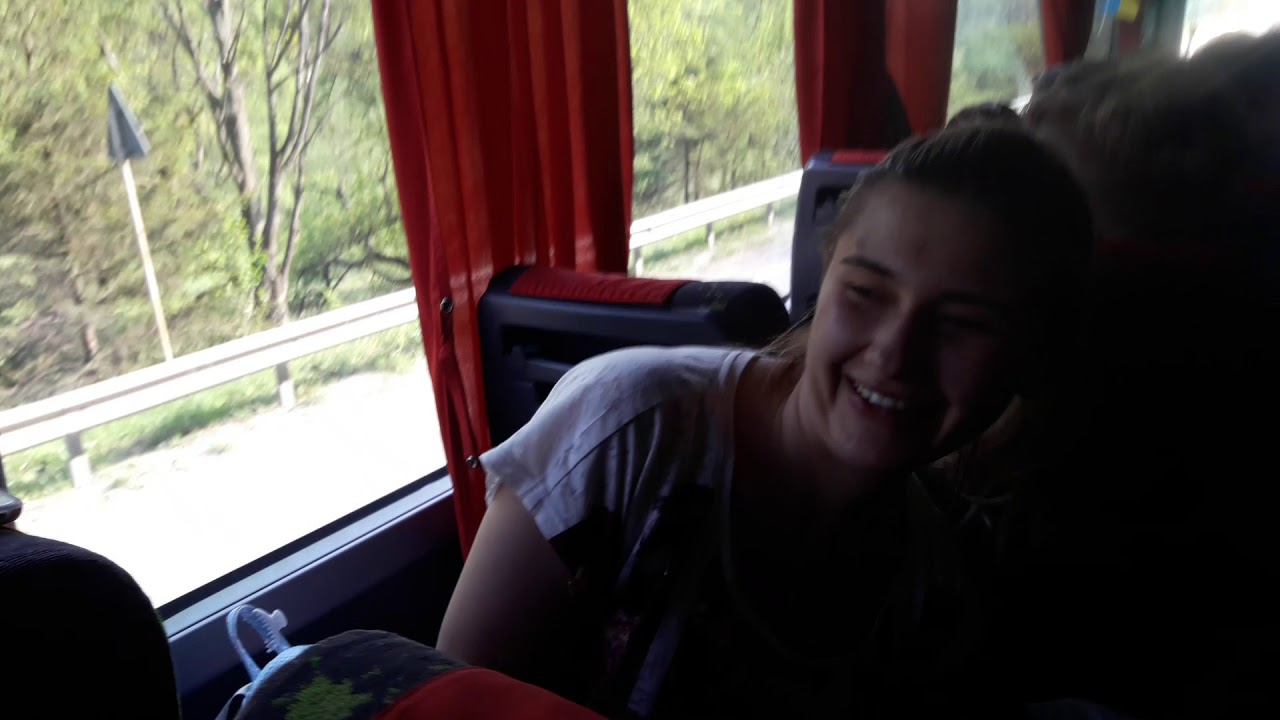 летний лагерь знакомство в автобусе