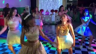 Abertura da pista de dança /  15 anos da Nicolly