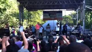"Doug E. Fresh ""La Di Da Di"" w/ Bronx Borough Pres. Ruben Diaz Jr."