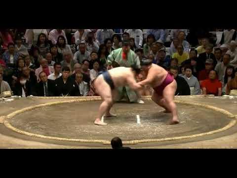 Kakuryu vs Mitakeumi - Natsu 2018, Day 11