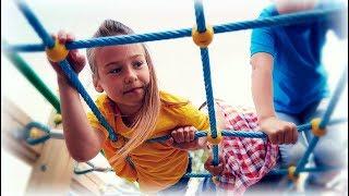 Сборка детской игровой площадки из дерева своими руками