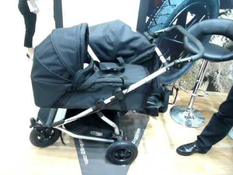 The Mountain Buggy Duet With Carrycot