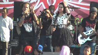 Video Alfi Damayanti feat Shodiq - Pantun Cinta, Netral (PDSI) Monata 2014 download MP3, 3GP, MP4, WEBM, AVI, FLV Juni 2018