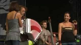 Ganes & Hubert von Goisern - Jora 2011