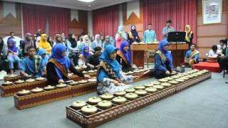 Mudiak Arau | IIUM Andeka Caklempong