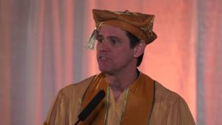Highlights: Jim Carrey\'s Commencement Address at the 2014 MUM Graduation