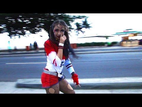 Julia Klein dançando - Sim Ou Não (Anitta Feat Maluma) - com patins