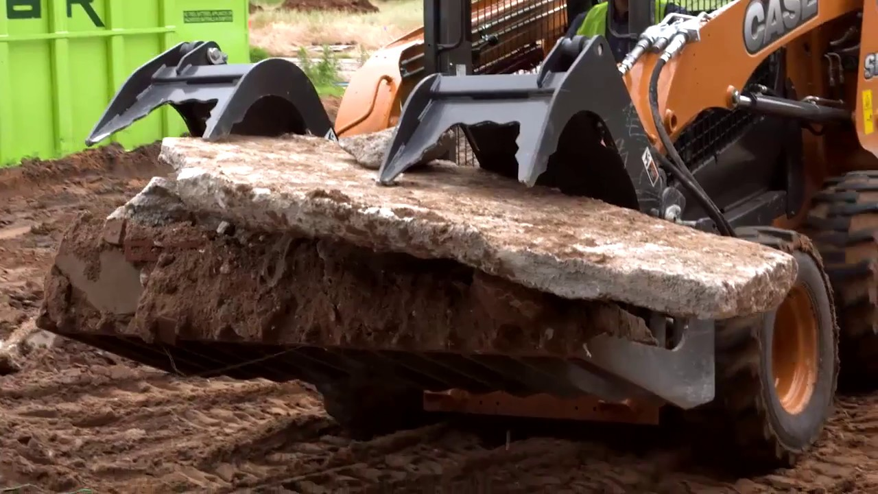 Grapple Attachment | CASE Construction Equipment