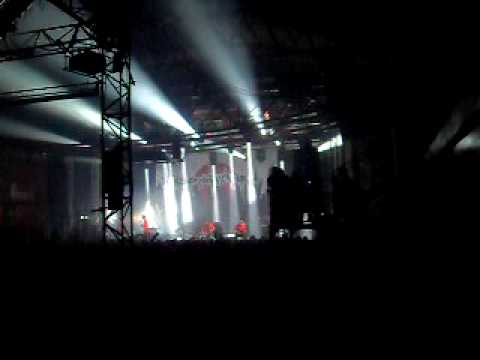 HEAVEN SHALL BURN - Awoken (Intro) & Endzeit (live@Taste of Chaos 2009)