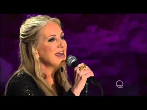 "Lee Ann Womack performs ""Don't Listen to the Wind"" Live underground in HD 2016"