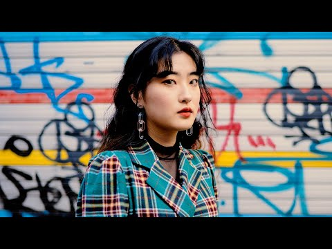 Taking Pictures of Strangers in Seoul, South Korea (한국어 자막 korean + eng sub)