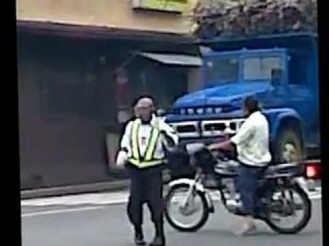 The Dancing Traffic Aide of Victorias City, Negros Occ., Philippines!