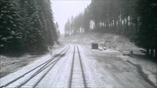 On Amtrak 14: Snowy Day Through the Oregon Cascades