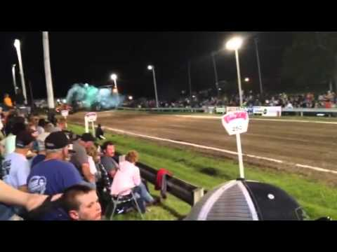 John Waggoner King City, MO, 466 Limited Pro Tractor Pull