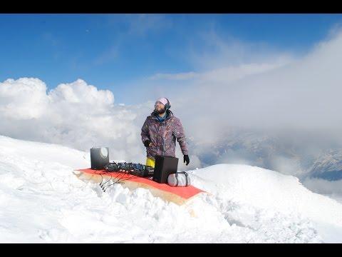 Sam Kholod - World's Highest DJ Set (Mount Elbrus, 4810m)