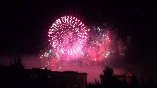 Салют на 9 мая 2015 Волгоград. Фейерверк + салют в центре города! fireworks on victory day(http://autoexpertiza34.wix.com/volgograd Независимая экспертиза. Аварийные комиссары. Выплата в день обращения., 2015-05-09T20:23:04.000Z)