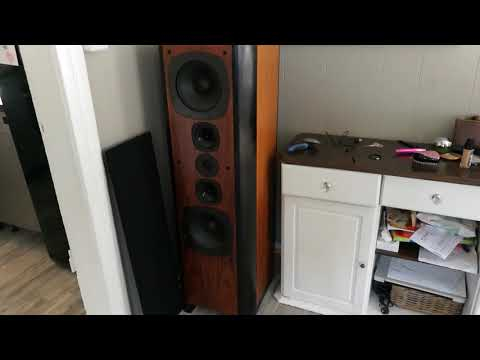 Dali 40 Old high-end Speakers.